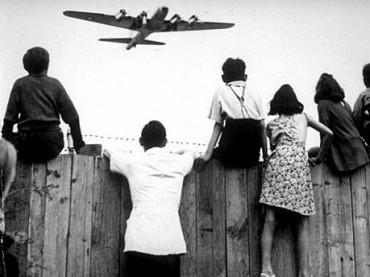 Juni 1948 bis September 1949 Luftbrücke