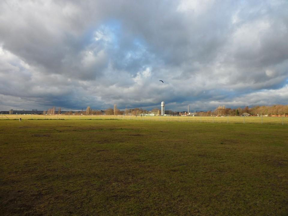233.000 Unterschriften für Volksbegehren Tempelhofer Feld abgegeben