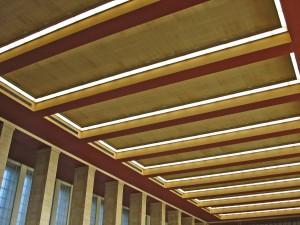 FlughafenTempelhof_Decke_FotoDoratagold_CC-BY-NC-SA20